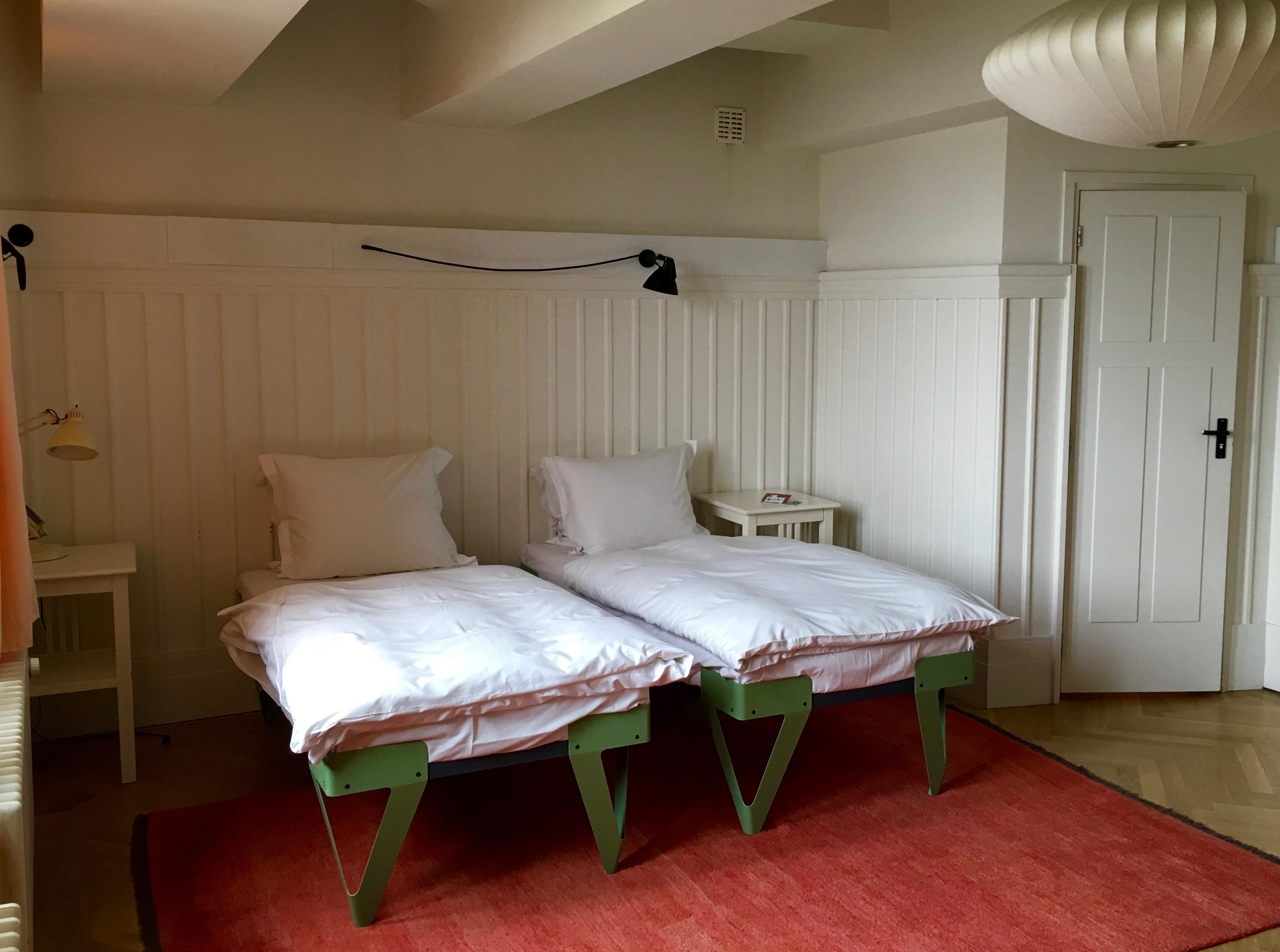 Insidertipps Amsterdam: Zimmer im Lloyd Hotel