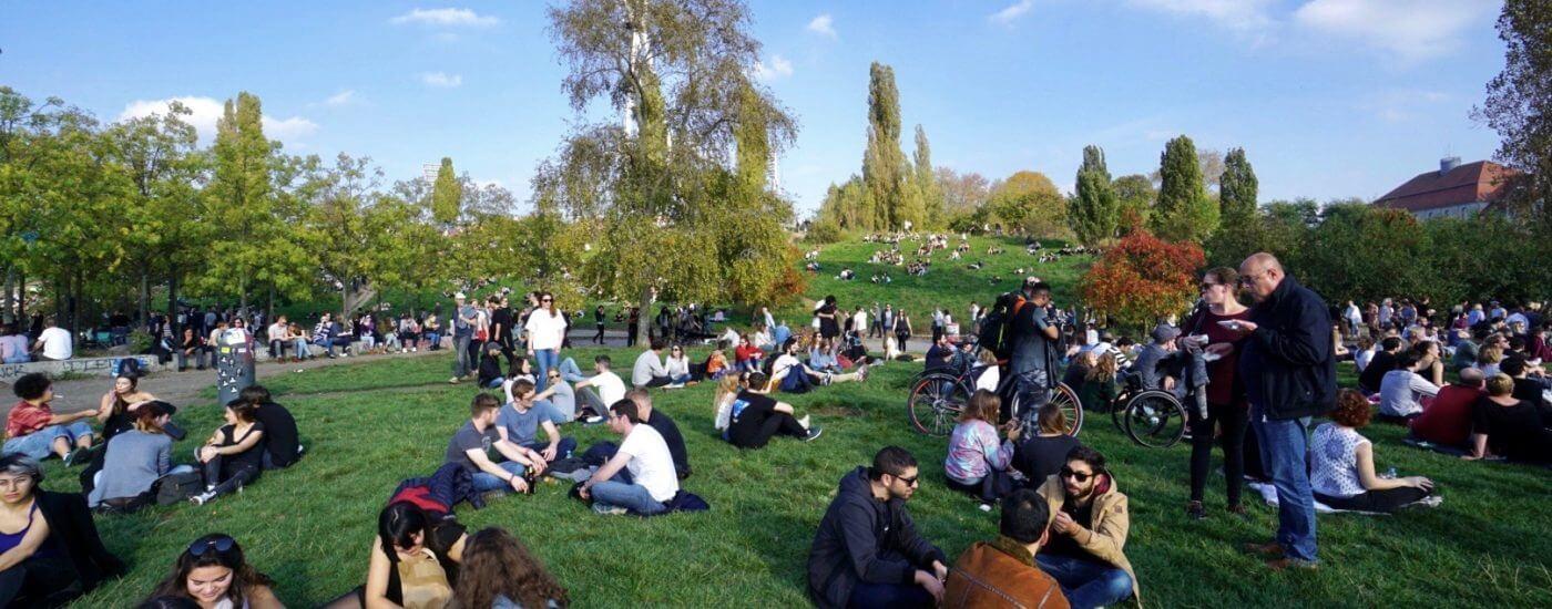 Sightseeing Tipps Prenzlauer Berg: Mauerpark am Sonntag