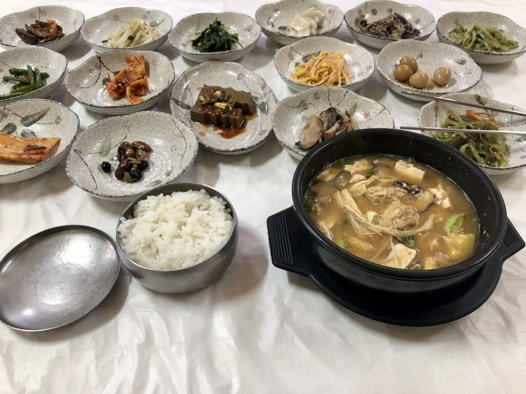 "Fakten über Südkorea: ""Tapas""-Lunch"